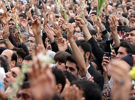 ╬ •*♥*• ╬ تصاوير استقبال مردم از ورود نمادين حضرت معصومه (س) به شهر قم ╬ •*♥*• ╬